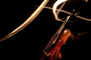 Light paining of a German fiddle/violin